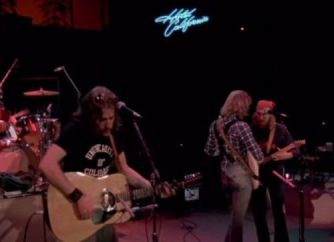 6130743_eagles--hotel-california-live-1977_fac28406_m